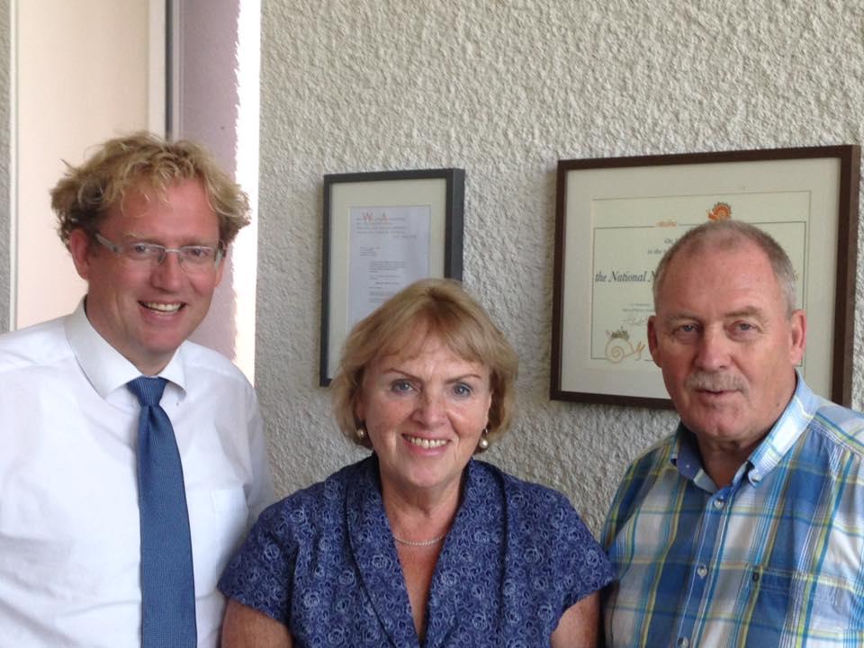 voorzitter-cittaslow-nederland-met-twee-ambassadeurs